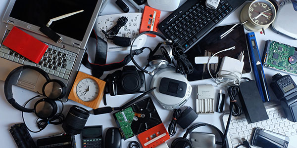 20 Items You Should Recycle Before Moving