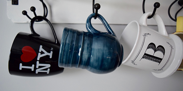 Coffee cups will stay in one piece if you know how to pack cups and glasses for a move.