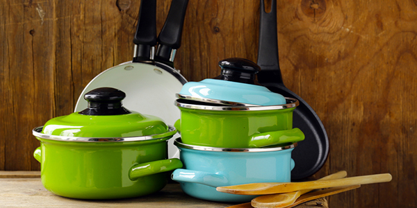 Knowing how to pack Pots and pans for a move can be easy.