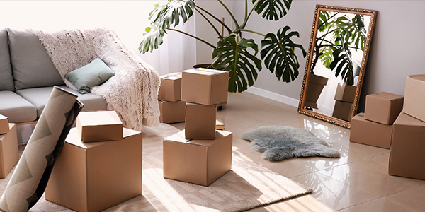 Mirrors can be one of the most difficult items to pack when moving homes; but knowing how to pack a mirror for moving isn't as difficult as you may think.
